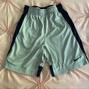 EUC • Nike Dri-Fit Shorts | Boys Youth Medium